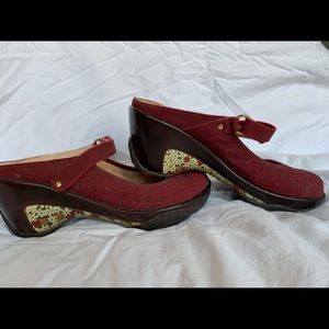 Red/Burgundy J-41 clogs